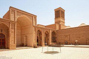 معماری ایرانی مدرسه ضیائیه - زندان اسکندر
